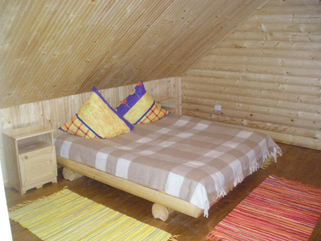Баня з кімнатою для відпочинку